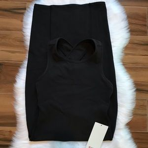 Picnic play dress black size 6 lululemon NWT
